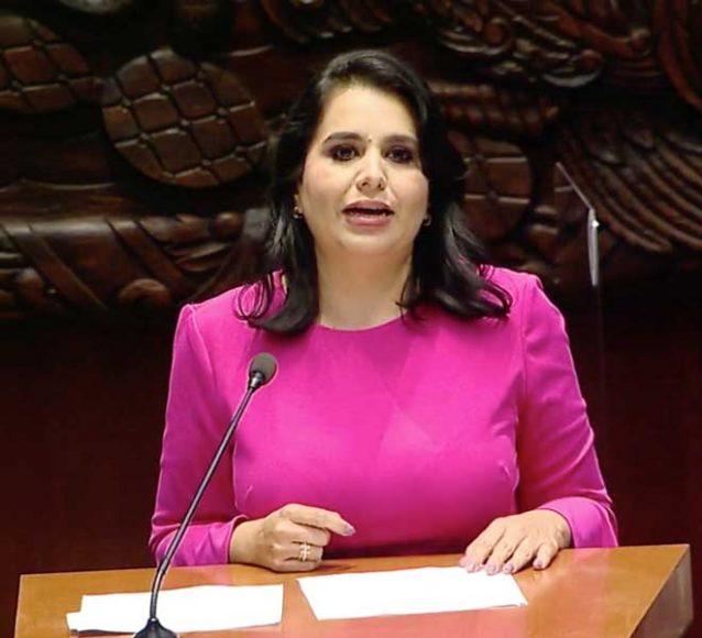 senadora Mayuli Latifa Martínez Simón, para presentar dictamen que reforma los artículos 201, primer párrafo, y 205, primer párrafo, de la Ley del Seguro Social en materia de servicios de guardería para hijas e hijos de padres varones