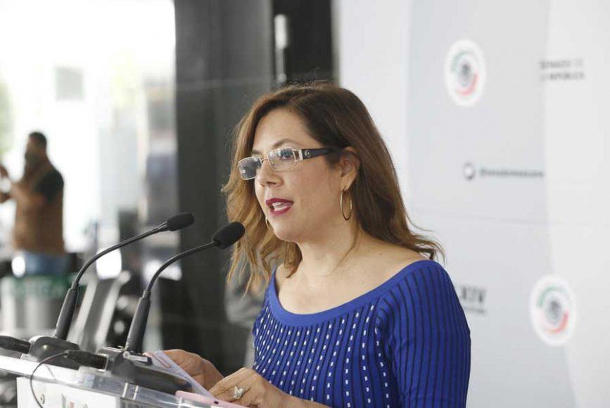 Conferencia de prensa ofrecida por la senadora Gina Andrea Cruz Blackledge, acompañada de la senadora Alejandra León, del PT.