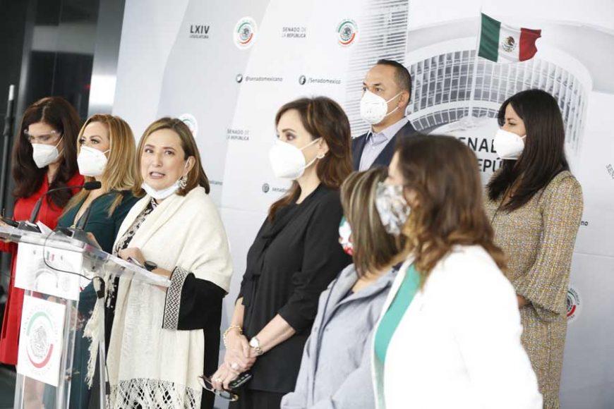 Conferencia de prensa ofrecida por senadoras y senadores del GPPAN, encabezados por su Coordinador, Mauricio Kuri González