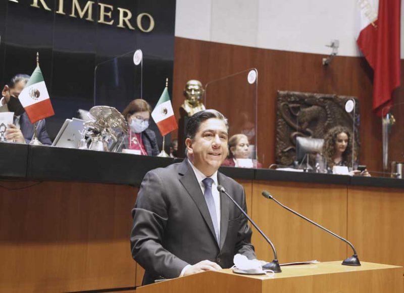 Senador Marco Antonio Gama Basarte, para referirse al análisis del Segundo Informe de Gobierno, en materia de política interior