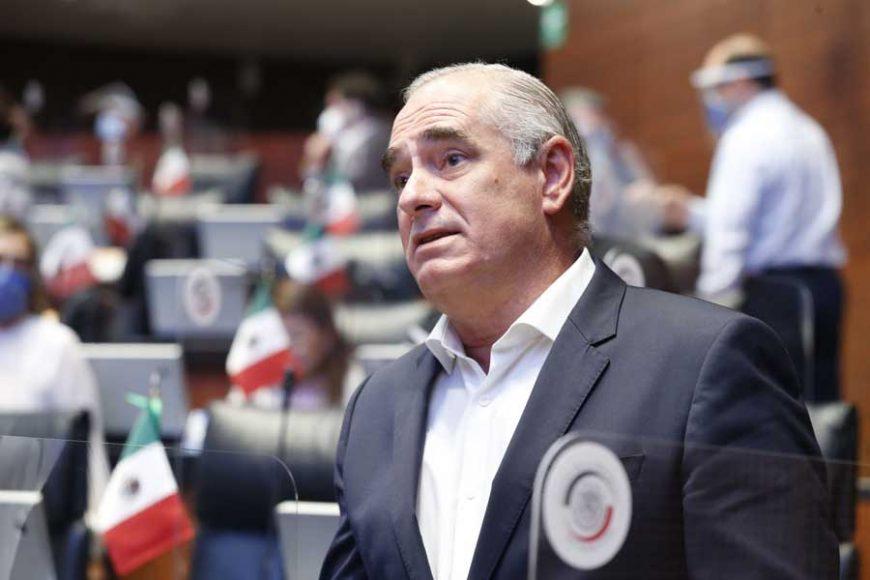 Intervención desde su escaño del senador Julen Rementería del Puerto para referirse a la renuncia del titular del Instituto para Devolverle al Pueblo lo Robado.