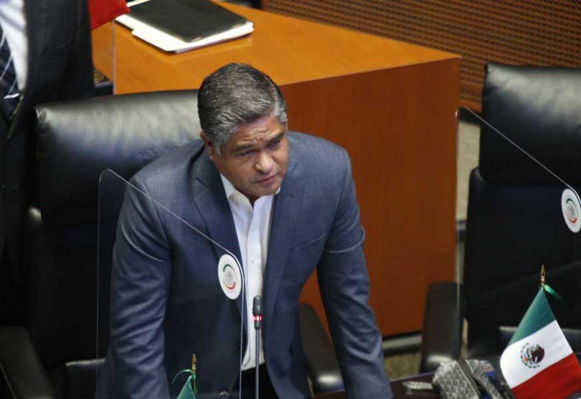 Senador Víctor Fuentes Solís, para referirse a la renuncia del titular del Instituto para Devolverle al Pueblo lo Robado