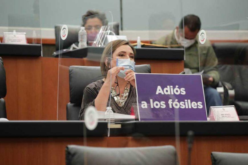 Senadoras y senadores del PAN durante su participación en la comparecencia de la secretaria de Energía, Rocío Nahle García, ante la Comisión de Energía.