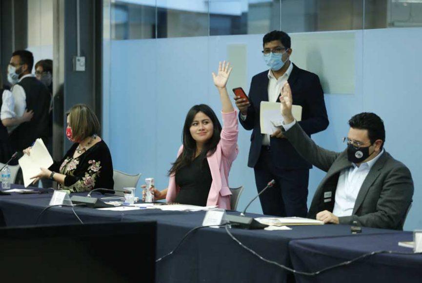 Sen. Indira Rosales al intervenir en reunión de Comisiones Unidas de Hacienda y Gobernación
