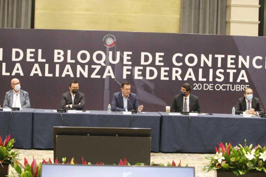 IMG_202010El Coordinador de las y los senadores del PAN, Mauricio Kuri, al intervenir durante la reunión del Bloque de Contención con los gobernadores de la Alianza Federalista20_140048