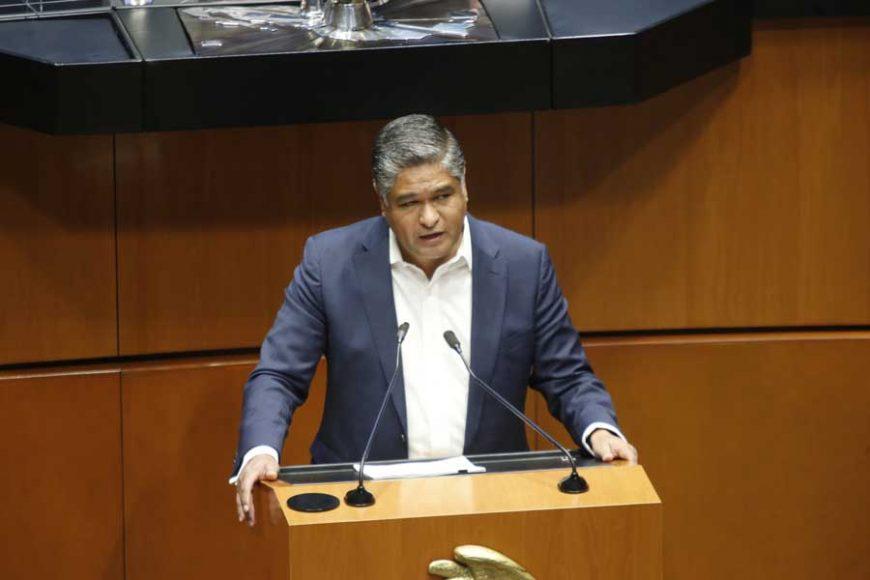 Intervención en tribuna del senador Víctor Fuentes Solís para referirse al dictamen de la Comisión de Marina que ratifica los ascensos de diversos grados navales.