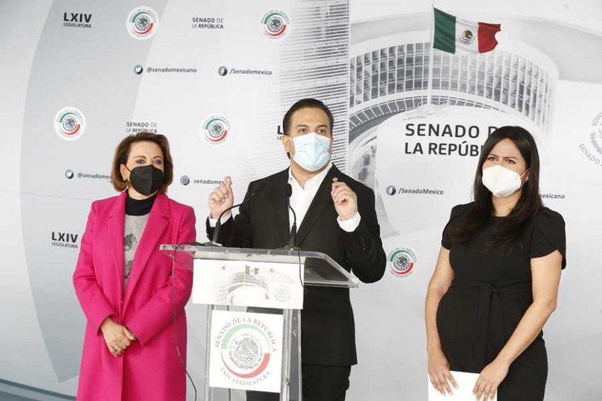 Conferencia de prensa ofrecida por las senadoras Indira Rosales San Román, Guadalupe Murguía Gutiérrez y Mayuli Latifa Martínez Simón, así como por el senador Damián Zepeda Vidales, durante la sesión ordinaria.