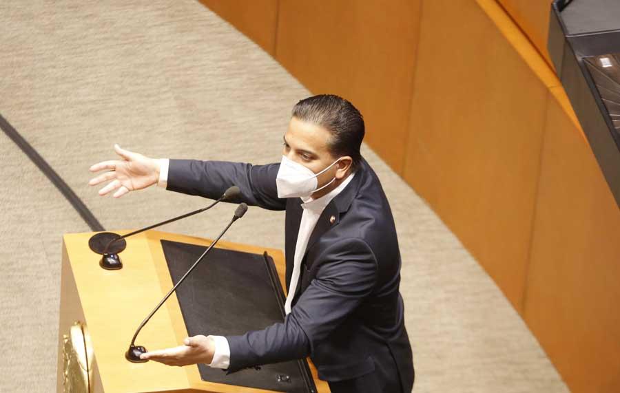 Intervención en tribuna del senador Damián Zepeda Vidales para referirse al voto particular del senador José Alejandro Peña Villa, al proyecto que reforma los artículos 108 y 111 de la Constitución Política de los Estados Unidos Mexicanos.
