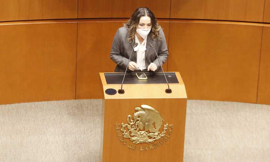 Intervención de la senadora Martha Cecilia Márquez Alvarado, al participar en la discusión de un dictamen de las comisiones unidas de Puntos Constitucionales y Estudios Legislativos Segunda, por el que se adiciona un tercer párrafo al artículo 108 de la Constitución.