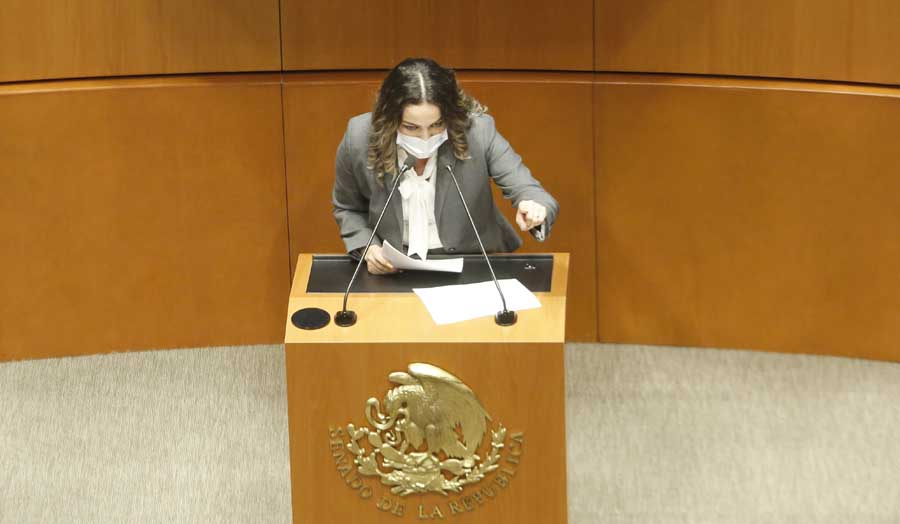 Intervención de la senadora Martha Cecilia Márquez Alvarado, para referirse al dictamen aprobado por el Pleno de las comisiones unidas de Puntos Constitucionales y Estudios Legislativos Segunda, por el que se adiciona un tercer párrafo al artículo 108 de la Constitución.