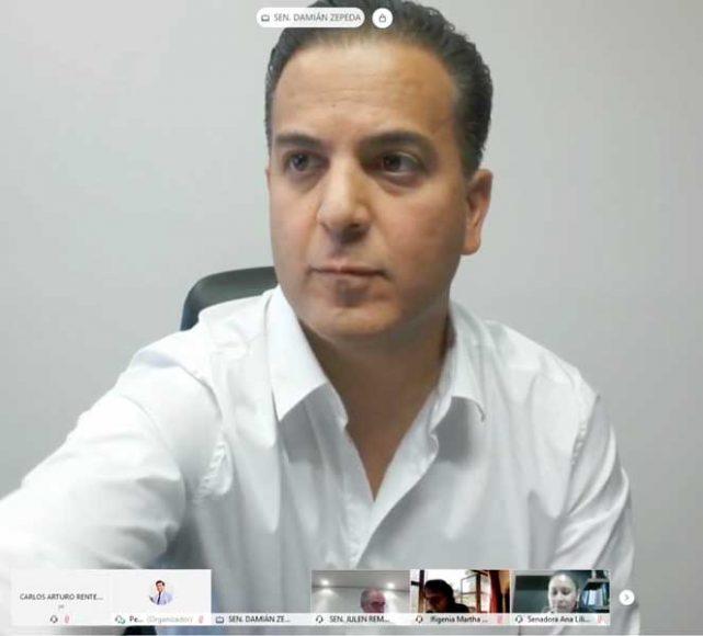 Los senadores del PAN Julen Rementería del Puerto y Damián Zepeda Vidales, durante la reunión de las comisiones unidas de Reglamentos y Prácticas Parlamentarias, y de Estudios Legislativos Segunda.