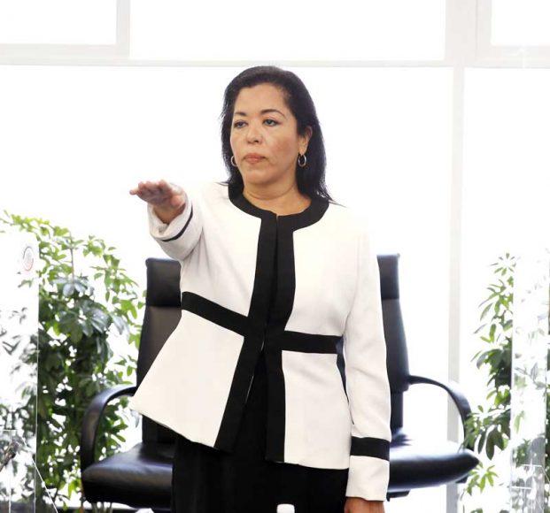 Rinde protesta como senadora la C. Laura Susana Martínez Cárdenas en sustitución de la senadora con licencia Mayuli Latifa Martínez Simón.