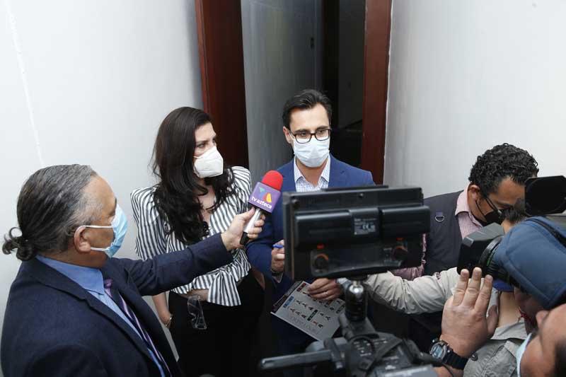 Entrevista concedida por la senadora Kenia López Rabadán y el senador Jesús Horacio González Delgadillo, al término de la instalación de la Comisión Permanente del Congreso.