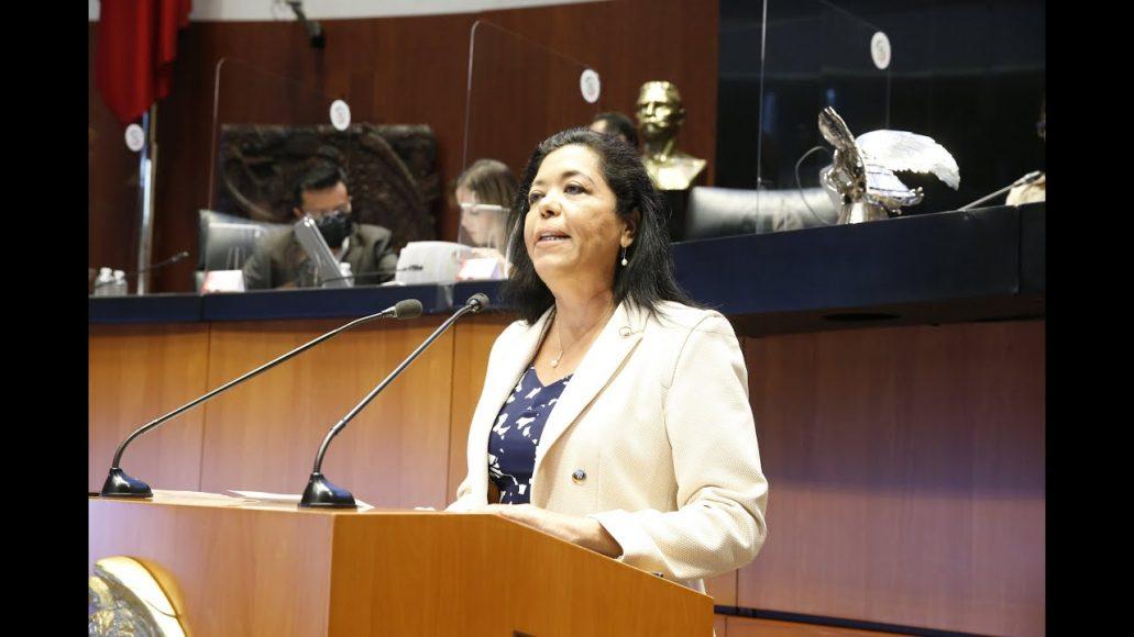 Senadora Susana Martínez, para referirse al proyecto en materia de decreto por el que se expide la Ley de la FGR